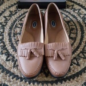 Dr. Scholls leather moccasin loafers